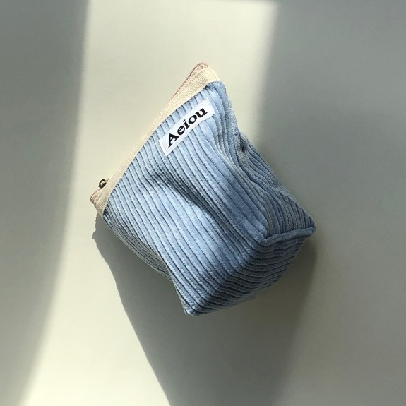 Out of stock / Aeiou Basic Pouch (M size)Ice Blue Corduroy
