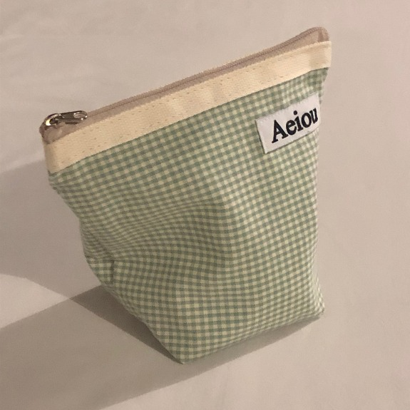 Out of stock / Aeiou Basic Pouch (M size)Blue Green Small Check