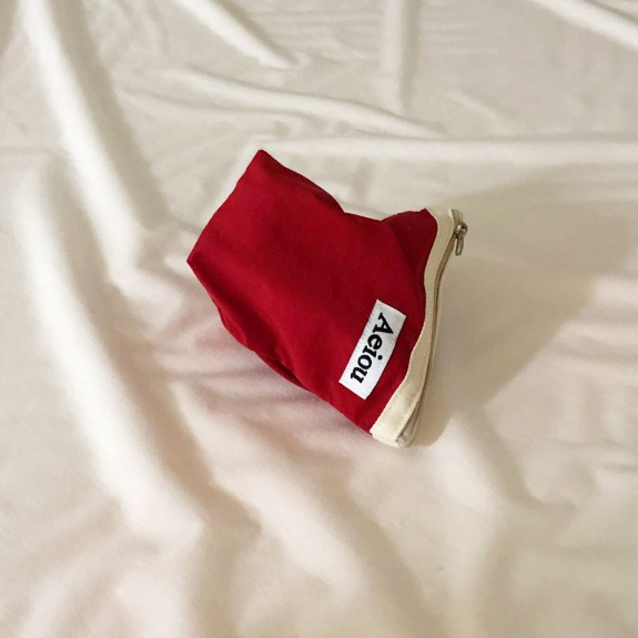 Out of stock / A.B.P / Aeiou Basic Pouch (M size)tropical red