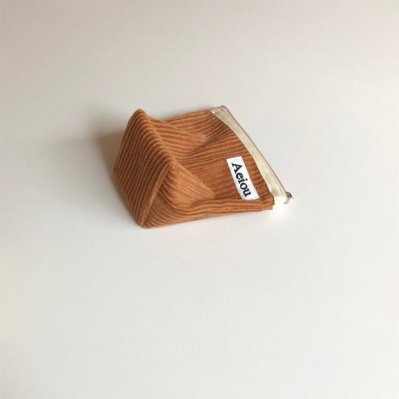 Out of stock / A.B.P / Aeiou Basic Pouch (M size)Caramel brown corduroy
