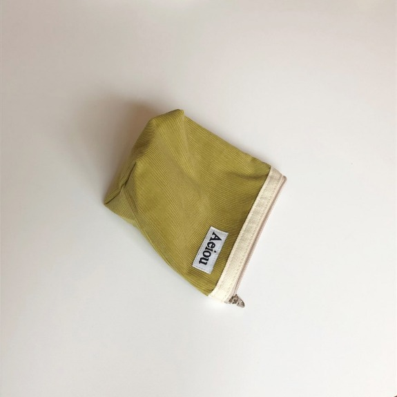 A.B.P / Aeiou Basic Pouch (M size)Bay Leaf Green