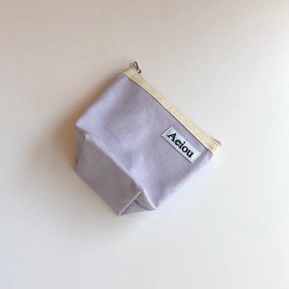 A.B.P / Aeiou Basic Pouch (M size)very light purple