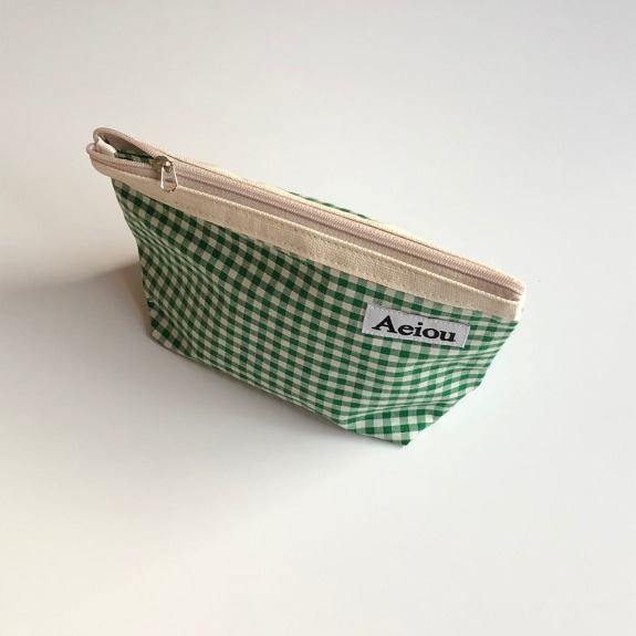 Out of stock / Aeiou Basic Pouch (L size) Spring green check