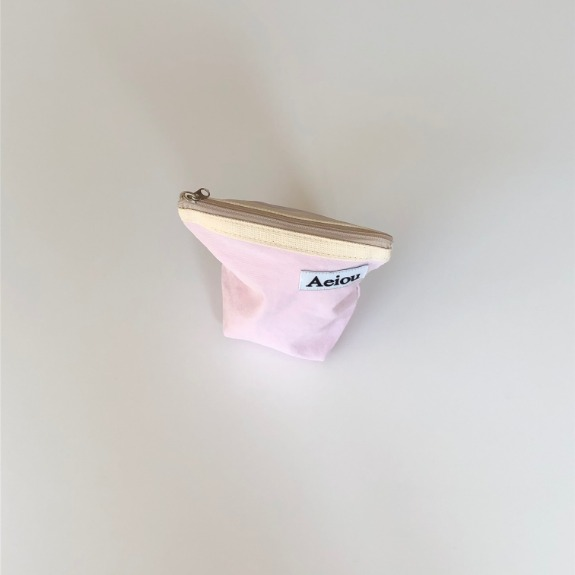 Out of stock / Aeiou Basic Pouch (M size)Violet pink
