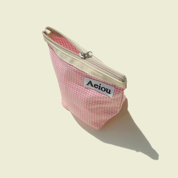 Aeiou Basic Pouch (M size)Pink candy check