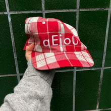 A/C / Aeiou Cap (F size)warm red check