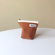 A.B.P / Aeiou Basic Pouch (M size)Arcon Brown