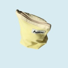 Aeiou Basic Pouch (M size)lemon juice