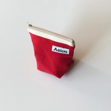 Aeiou Basic Pouch (M size)Cotton Red