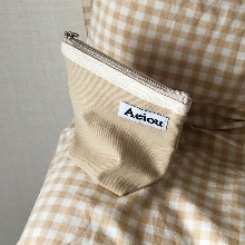 Out of stock / Aeiou Basic Pouch (M size)Warm Beige
