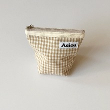 Aeiou Basic Pouch (M size)Beige Ginghamcheck