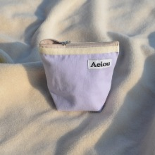 Aeiou Basic Pouch (M size)very light purple