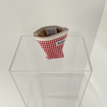 Aeiou Basic Pouch (M size)Red Ginghamcheck